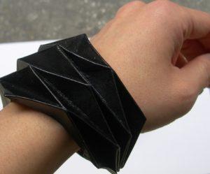 Bracciale in origami geometrici