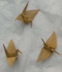 gru in origami metallo