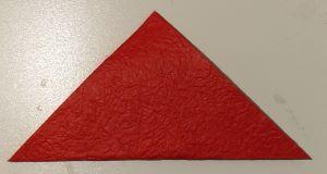 origami piegato a triangolo