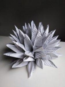fiori di loto in carta