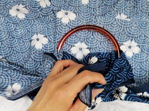 come si fa la borsa di furoshiki con anellone