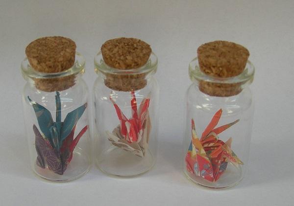 origami gru in bottiglia