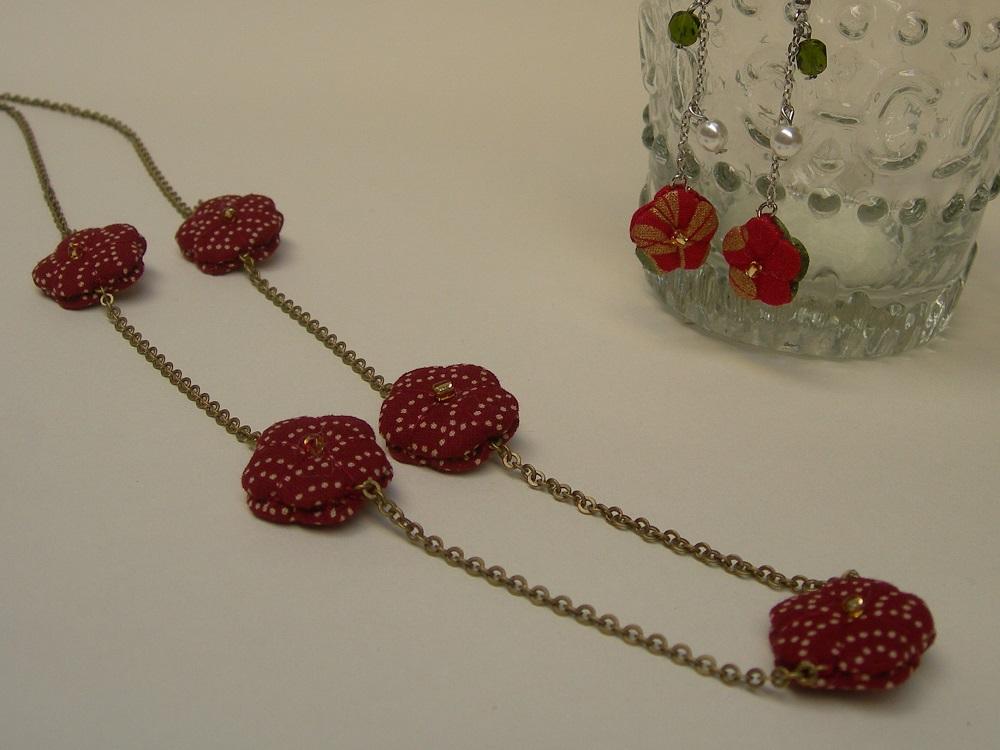 bijoux in stoffa con fiori